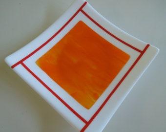 "9""x9"" plate - Orange on white"