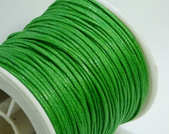 5 m of green 1 mm waxed cotton cord