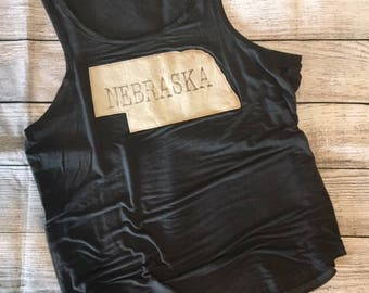 Vintage wash charcoal tank with Nebraska state