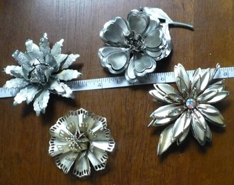 Vintage/Now Large Flower Brooches.