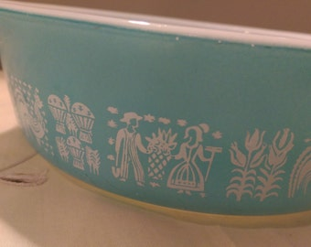 Vintage Pyrex Casserole Dish Turquoise with White Amish Butterprint Design, 1 Pint Size
