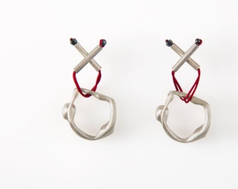 X-Nicolås, silver stud earring, acrobat from CircuS Collection
