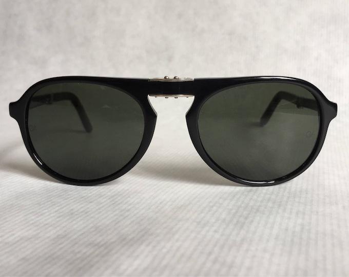 Giorgio Armani 2522 020 Folding Vintage Sunglasses New Old Stock including Case and Cloth