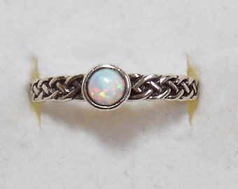 Size 6 Delicate Tiny Opal  Sterling Silver Ring Size New Vintage Wholesale Celtic Knot
