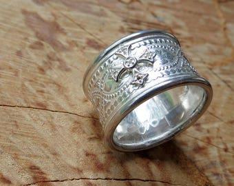 Gothic Statement Ring Maltese Cross Ring Boho Ring Renaissance Medieval Wedding Ring Sterling Silver Cigar Band Ring Renfair Wedding