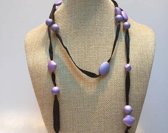 Black Pearl Ribbon necklace purple