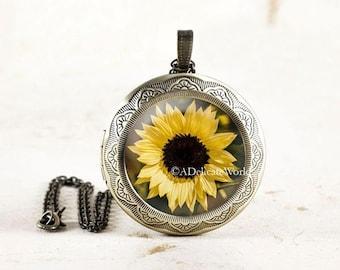 Sunflower Locket, Yellow Flower Photo Locket, Summer Flower Jewelry, Sun Flower Locket Necklace, Garden Flower Necklace, Botanical Necklace