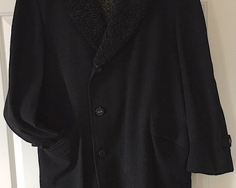 ON SALE!!  1960s Men's Black Wool Fully Lined Dress Coat With Lambswool Collar