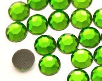 Rhinestones fusible green 6mm - Pack of 5 rhinestones