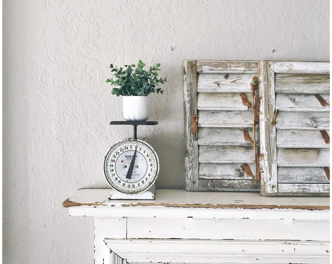 Vintage Household Scale // Kitchen Display