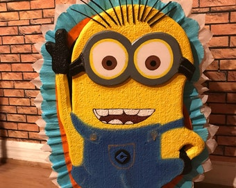 Minions Pinata. Decoration parties. Party Supplies