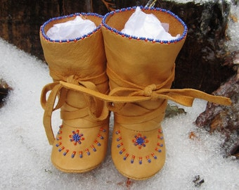 Winter Baby Boy Boots, Christmas Gift, Leather Native American Made Mukluks, Soft Soled Baby Boots Beaded Hightop Baby Moccasins Native Baby