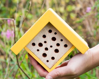 Bee Hotel | Mini Bee House | Plant Mom | Gift for Gardeners | Housewarming gift | Gardner Organic Gift | Modern Bee House | Garden Gifts