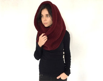 Oversized chunky Scarf. crochet cowl scarf. burgundy scarf, crochet cowl. chunky scarf. chunky scarf infinity. Cowl scarf. Infinity scarf