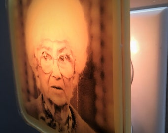 Sophia Petrillo Golden Girls Night Light Gift For Her Mothers Day Bridesmaid Bachelorette Party BFF Retro 80s Shady Pines Plug In Nightlight