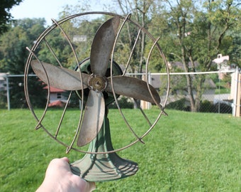 Vintage Electric Fan by Made-Rite Corp, Cleveland, Ohio -