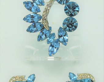Weiss Vintage Aqua Blue Brooch and Earring Set