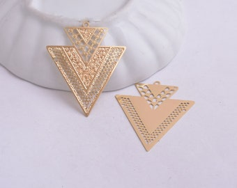 prints 2 triangles gold / gilt metal 41 x 33 mm