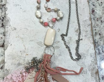 Pretty in pink, boho jewelry, bohemian necklace, tassel necklace, vintage inspired jewelry