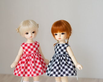 Red set - gingham check dress and round neck cardigan