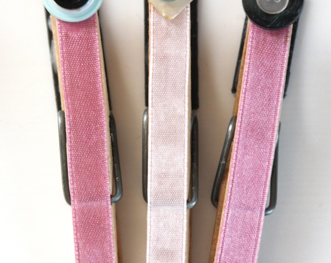 Pretty in Pink Decorative Clothespin Magnet Set of 3, Upcycled Button Decor, Upcycled Clothespin Refrigerator Magnets, Pink Photo Holder