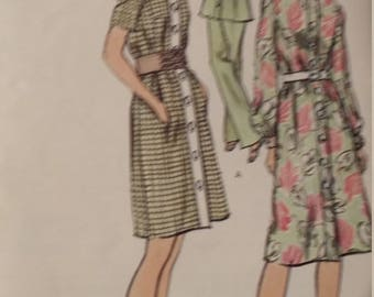 Vintage Vogue 7999 Sewing Pattern Size 12 Dress or Top and Pants