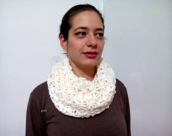 White ice crochet scarf, neck warmer white, double wrap neckwarmer, infinity scarves, handmade crochet scarf, double neck handmade crochet