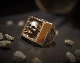 Sterling Silver Skull Box Ring