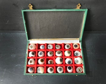 1940's prosthetic human eye collection medical oddities , medical device