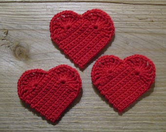 set of 3 Red hearts crocheted height 4.5 cm