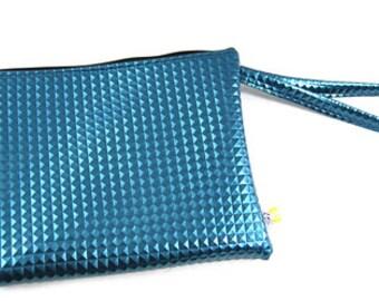 Faux 3D peacock blue evening bag