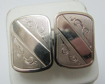 c451 Vintage Rectangle Light Gold Tone Cuff links from the 1950's