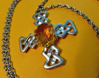 GOLDEN Cabochon CELTIC Silvertone Cross Medallion, Cross & Neck Chain, Vintage Cross Necklace, Silver Celtic Cross, Mens Cross, Estate Cross