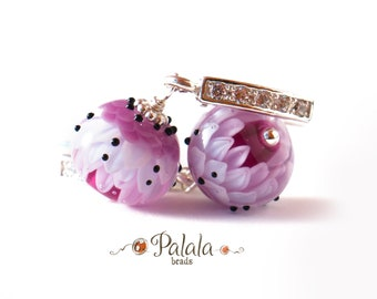 Ear rings with lampwork beads