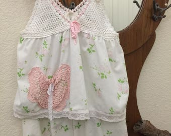 FINAL SALE PRICE!!   X-Small / Small Pajama Set Vintage Crochet Pink Floral