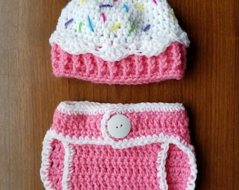 Cupcake hat and diaper cover
