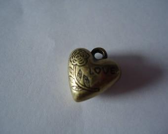 Heart pendant love bronze color