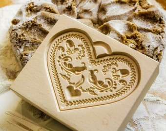 Gingerbread Form (The Heart 1)