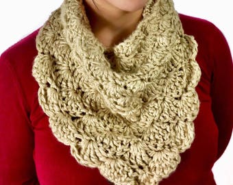 Chunky Shell Cowl, Infinity Scarf, Crochet Cowl, Super Soft Tan Scarf, Circle Scarf, Beige cowl, Fall Fashion, Winter Fashion, Ready To Ship