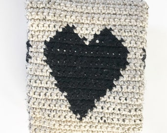Crochet heart baby blanket, crib blanket. Ready to ship!