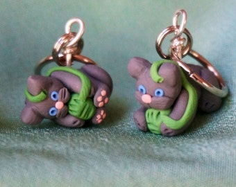 Grey Kitty Stitch Markers Set of 4 Miniature Polymer Clay Sculpted Cat Kitten Animal Knit, Crochet Accessories