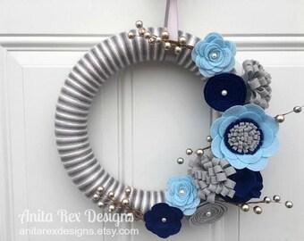 Christmas Yarn Wreath, Hanukkah Wreath, Chanukah Wreath, Winter Wreath,  Hanukkah Decor, Silver and Blue Wreath
