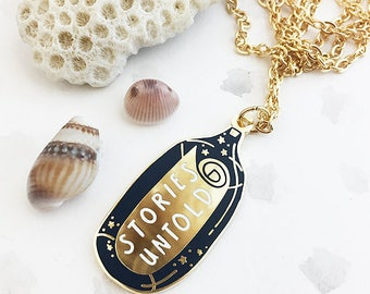 LIMITED EDITION Stories Untold Enamel Pendant Necklace - Gold