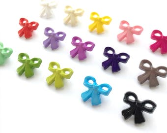 17mm Bow Shaped Novelty Shank Buttons (10pk)