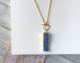 Front Toggle Purple Druzy Bar Pendant Necklace | Gold Plated Raw Crystal Agate Druzy Stone Statement Pendant Necklace