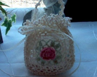 Victorian Romantic Rose Crochet Lace Gift Bag/Sachet New Handmade