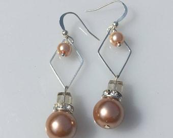 Boucles d'oreilles chic, geometric earrings, geometrique, perles, boucles d'oreilles mariage