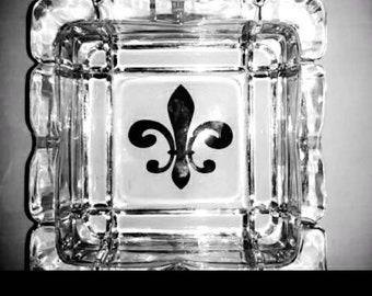 Fluer de lis ashtray, ashtray, personalized ashtray, grooms gift, wedding party, bridesmaid gift