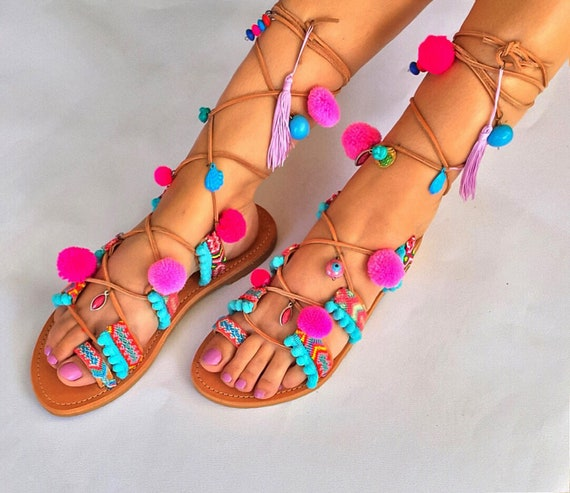Up SHIPPING Sandals sandals Up Pom Lace Boho EXPRESS FREE Sandals Gladiator ''Lollipop'' Worldwide Tie Pom Sandals I1wZf