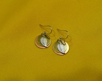 Blowing in the wind tri color earrings (Style #472)